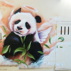 Graffiti panda Paris
